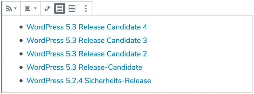 Screenshot eines RSS-Blocks, nachdem eine URL hinzugefügt wurde. Weitere Einstellungsmöglichkeiten und eine Liste von Beiträgen ist zu sehen.